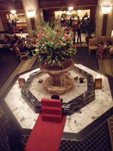 Peabody Hotel Lobby - Ducks in the fountain